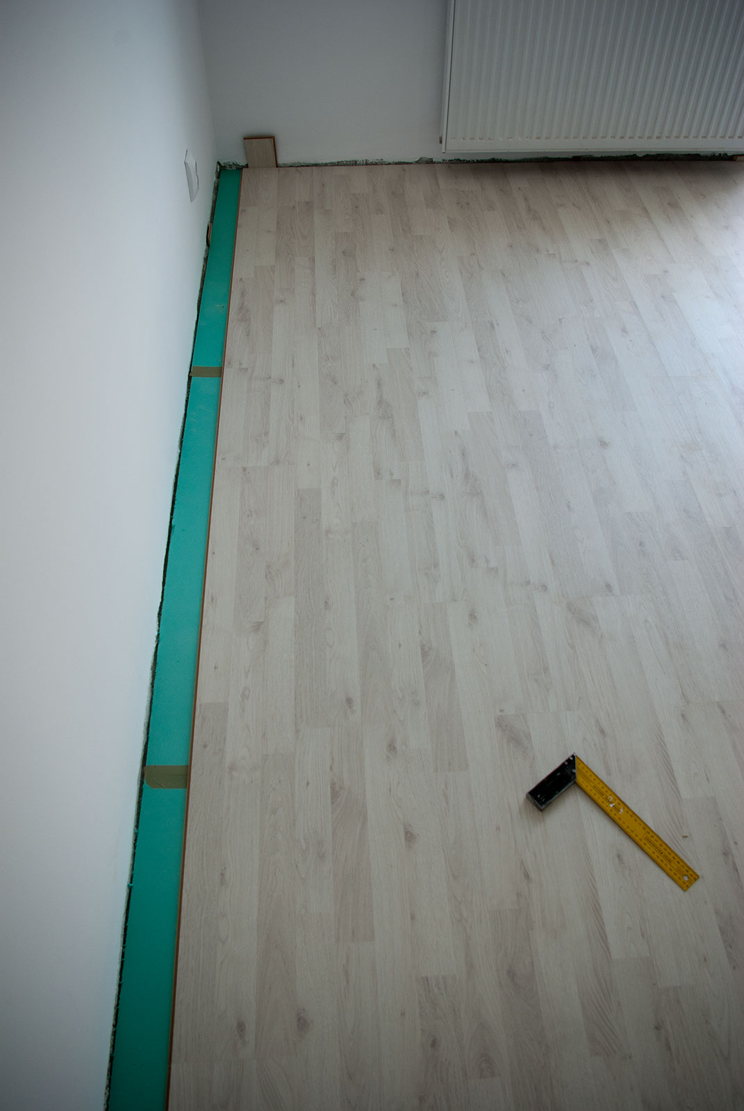 Comlaminate Flooring Walls : Laminate Flooring: Use Laminate Flooring On Walls