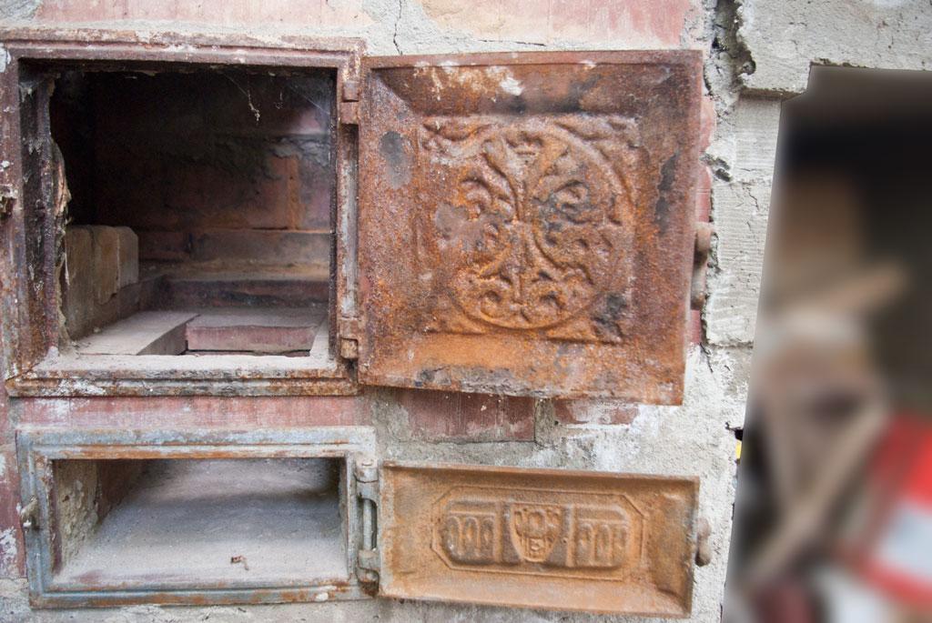 Dissolve Rust Iron Rusted Cast Iron Stove