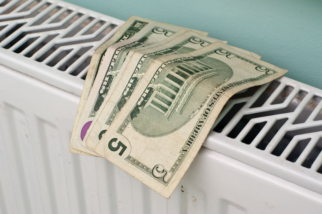 10 Tips on How to Save Energy Winter