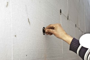 Fixing polystyrene dowels