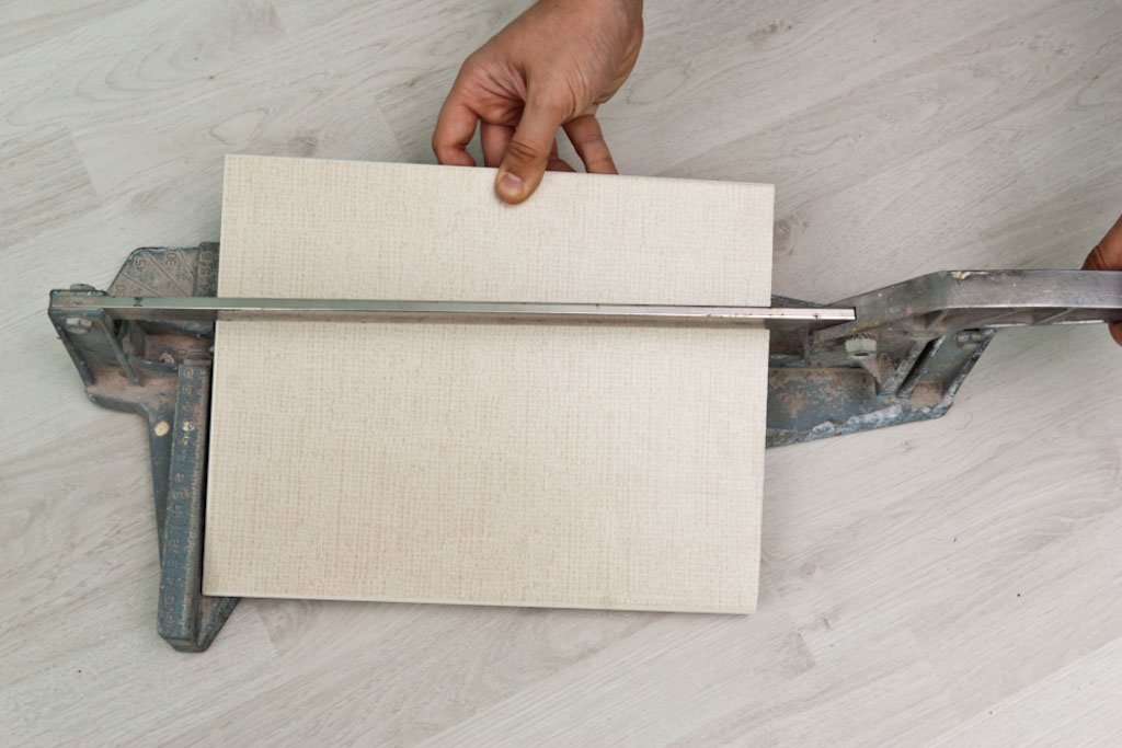 Tools for installing tile