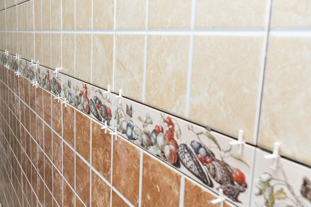 how to precisely break installed ceramic tiles