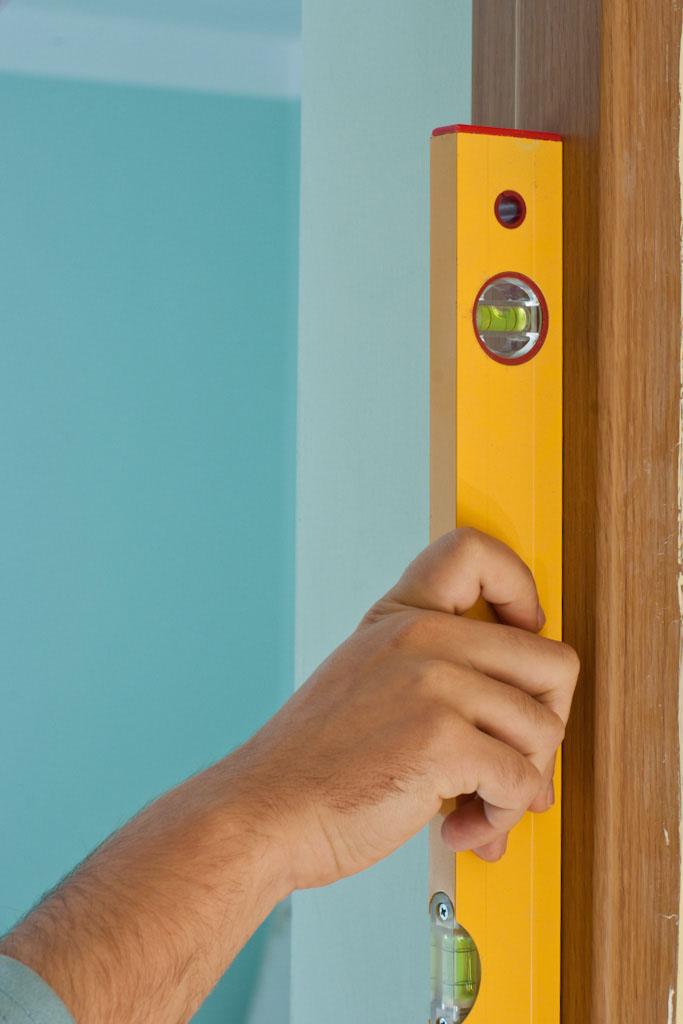 Making sure the door jamb is level