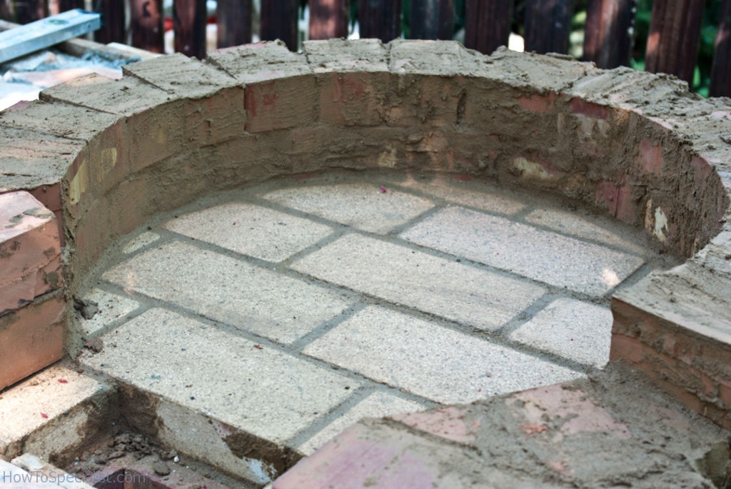 Cleaning the mortar from the bricks