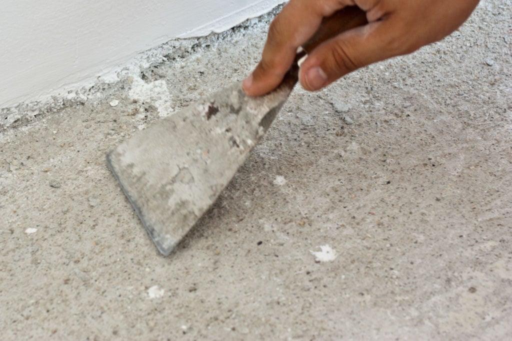 Preparing the floor for tile installation