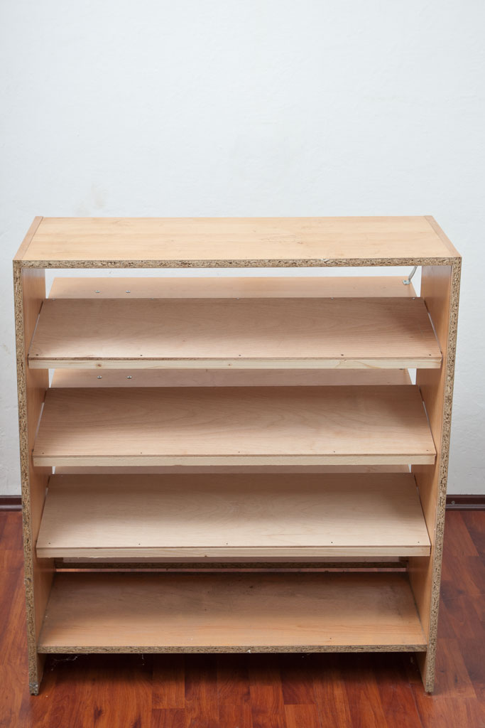 Installing shoe rack shelves