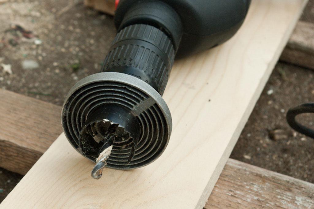Hole saw drill bit