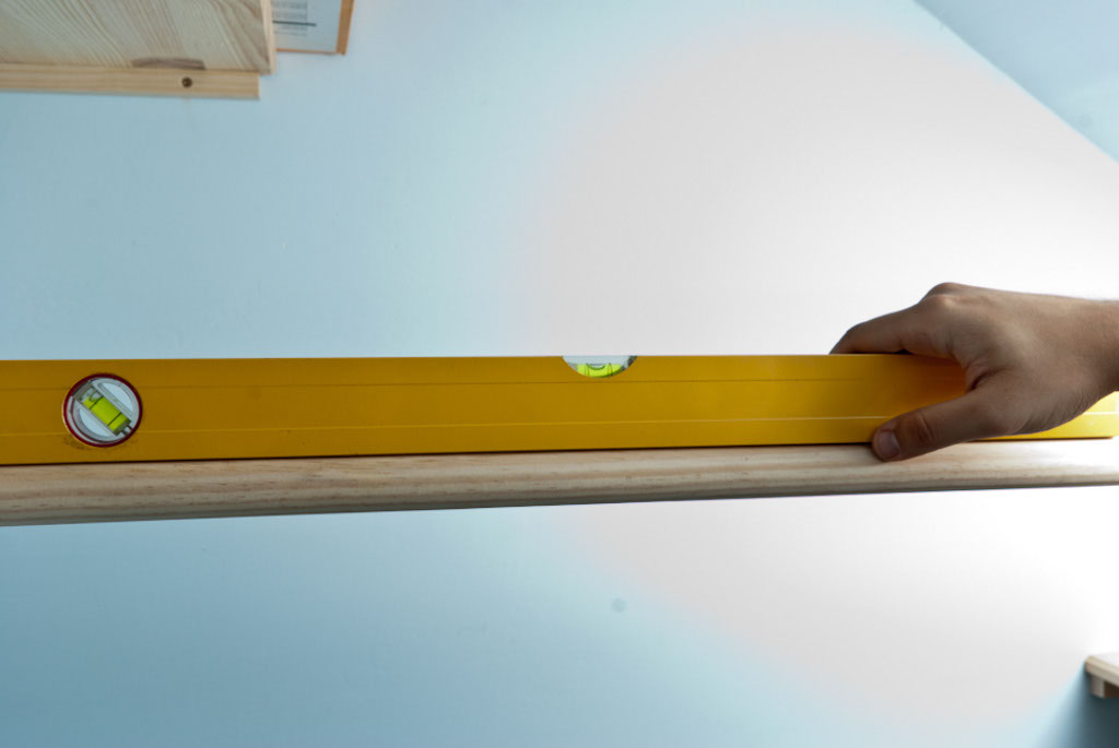 Installing the closet rod