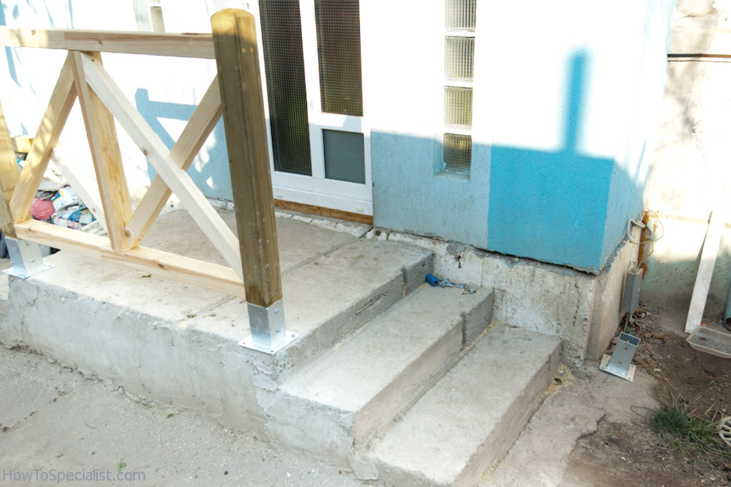 Leveling Post Anchors : How to anchor post concrete howtospecialist