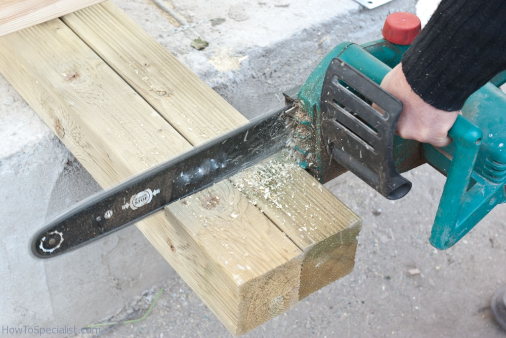 Cutting wooden post