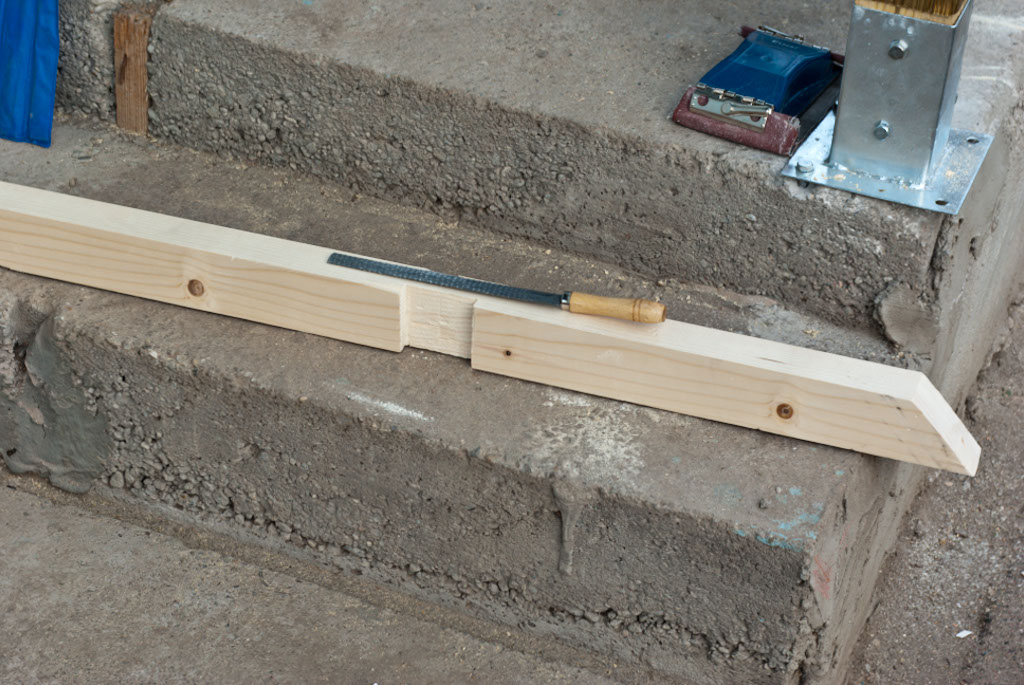 X-shaped balusters joint