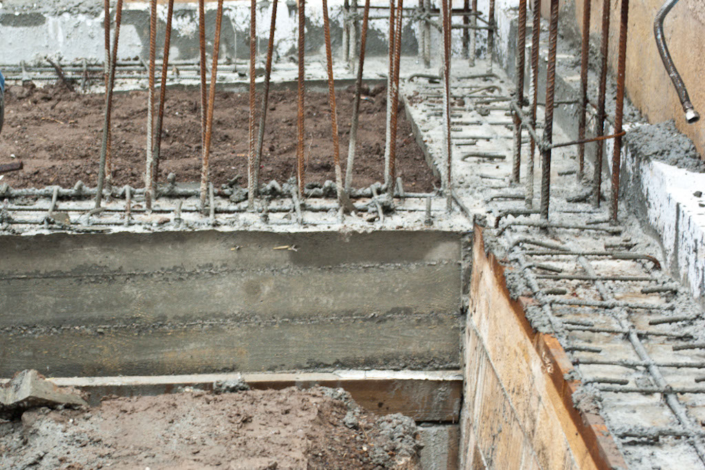 Removing the foundation formwork