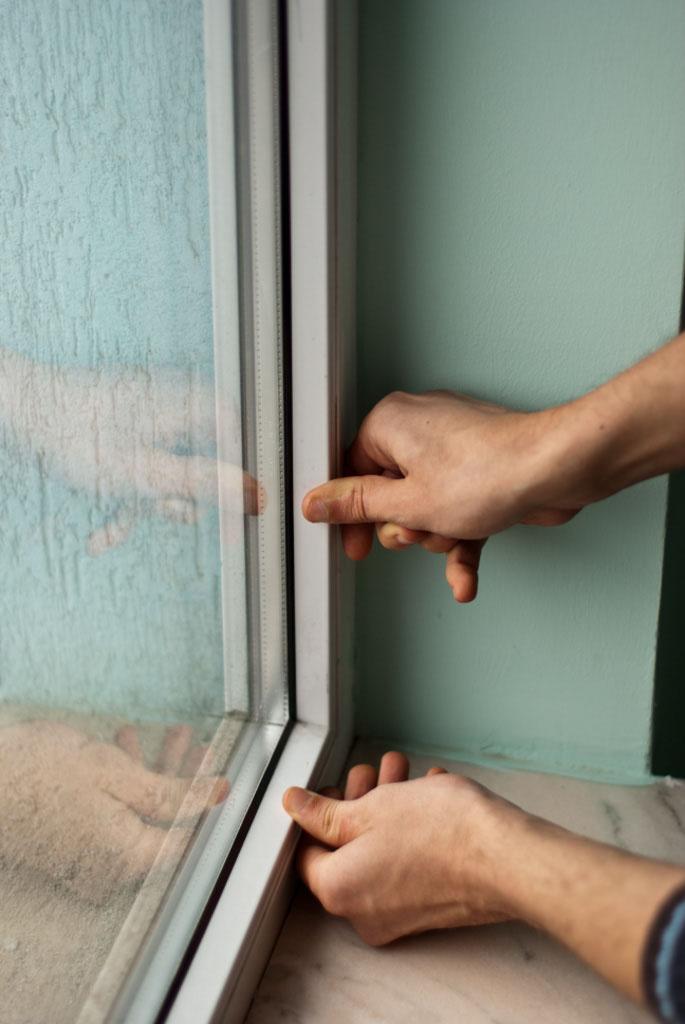 Installing glass to PVC window