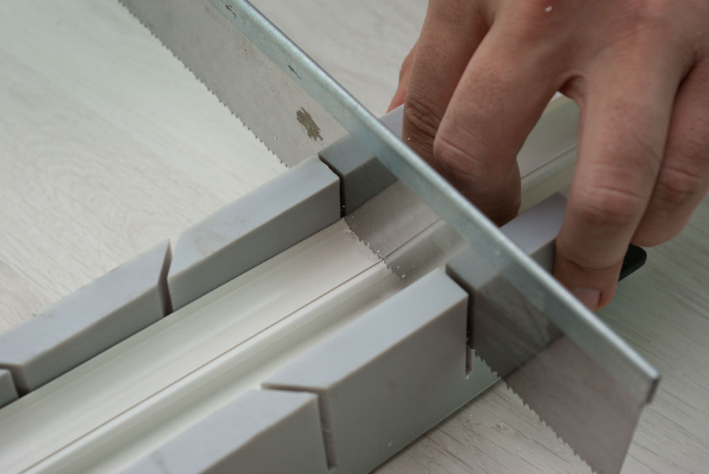 Cutting baseboard moulding