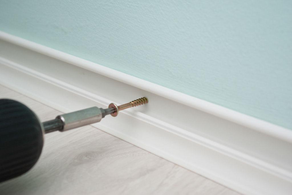 Fastening baseboard trim with screws
