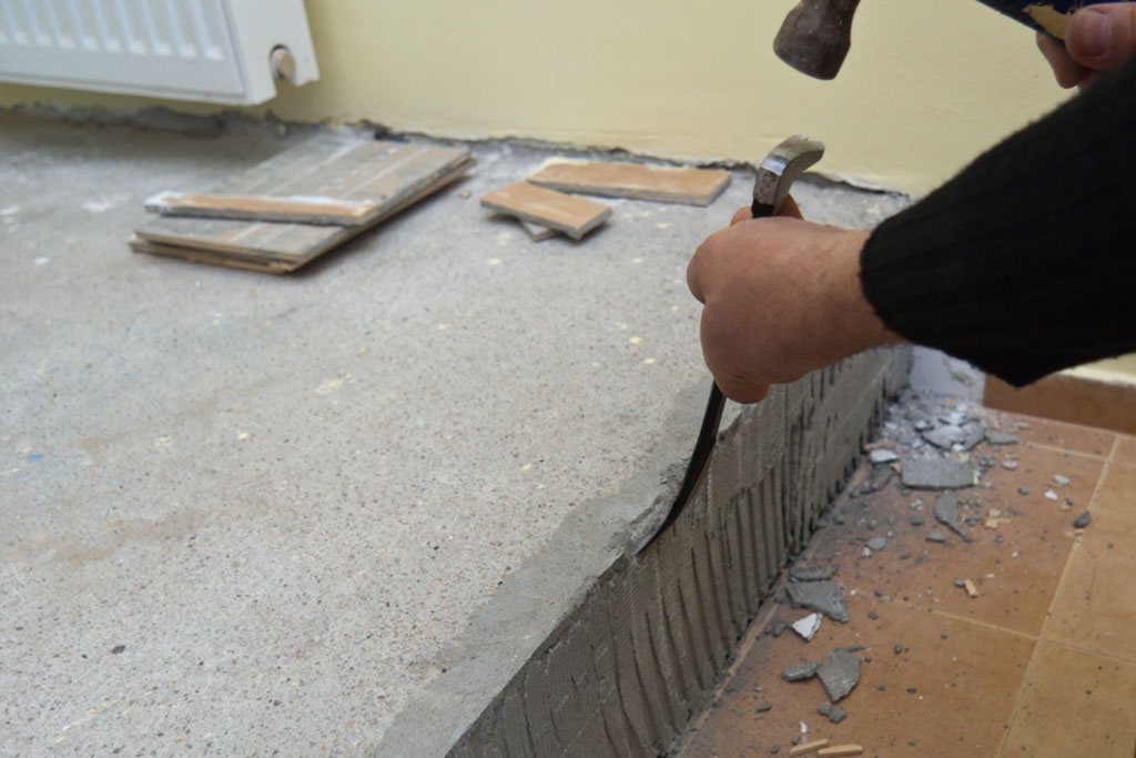 Removing tile adhesive