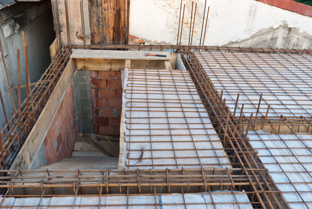 Wooden concrete stairs formwork