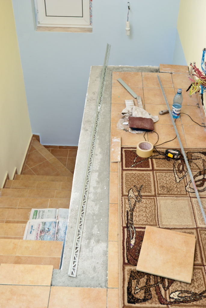 Installing tile floor edging