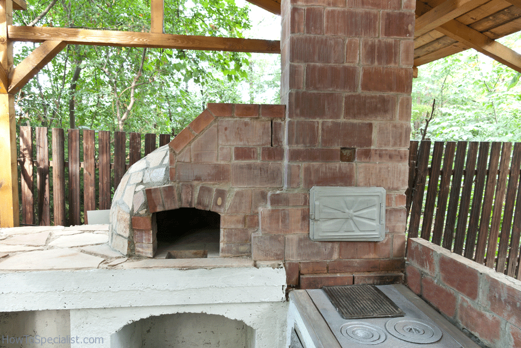 How to make a wood fired pizza oven | HowToSpecialist ...