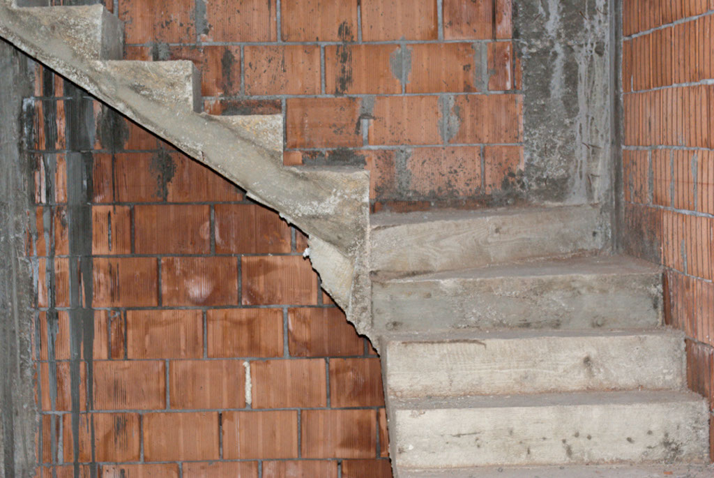 Concrete stairs split landing