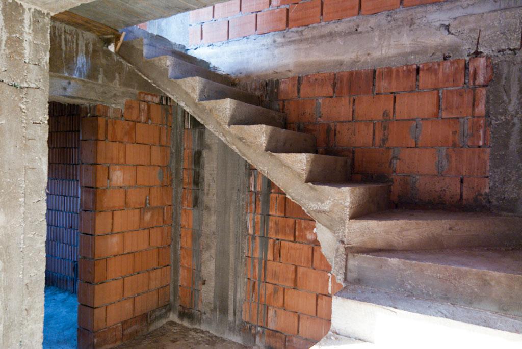 Interior concrete stairs