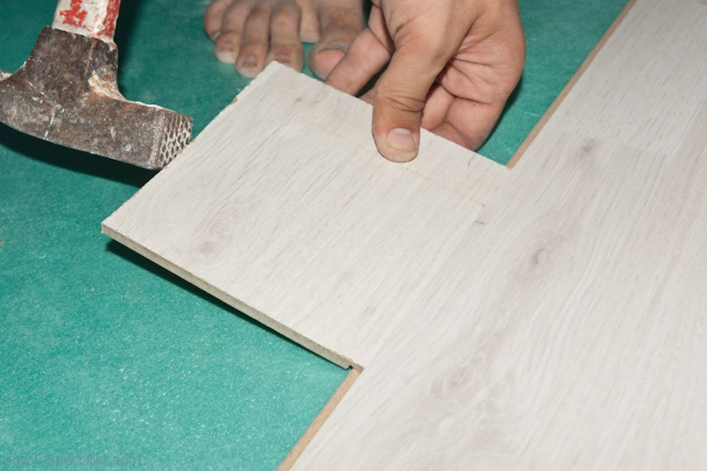 How to fit laminate floor