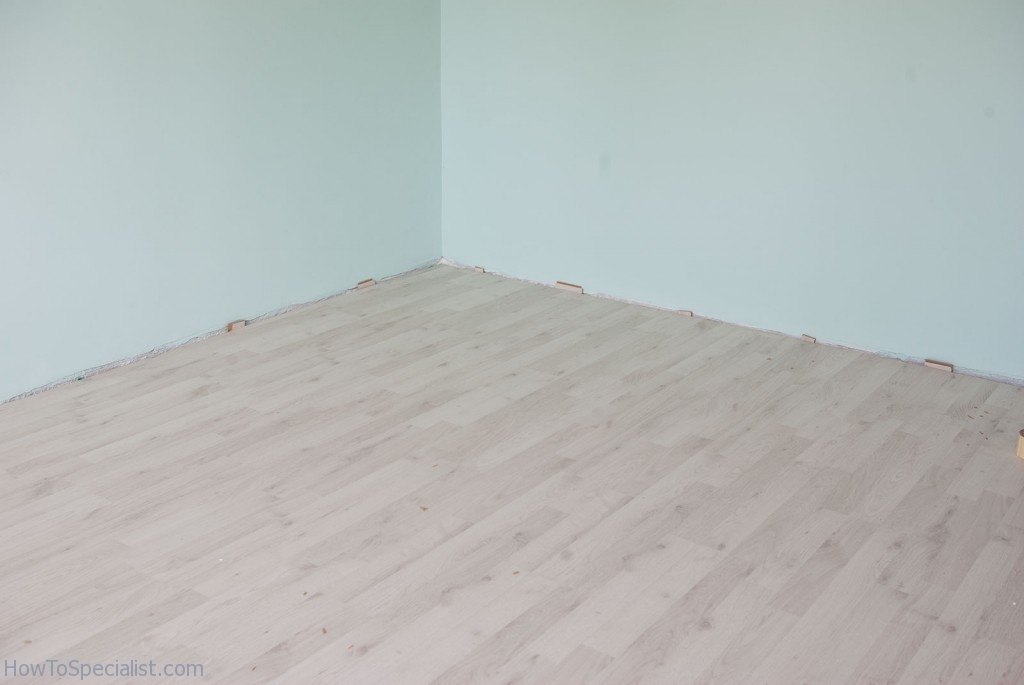 How to fix scratches on laminate floors