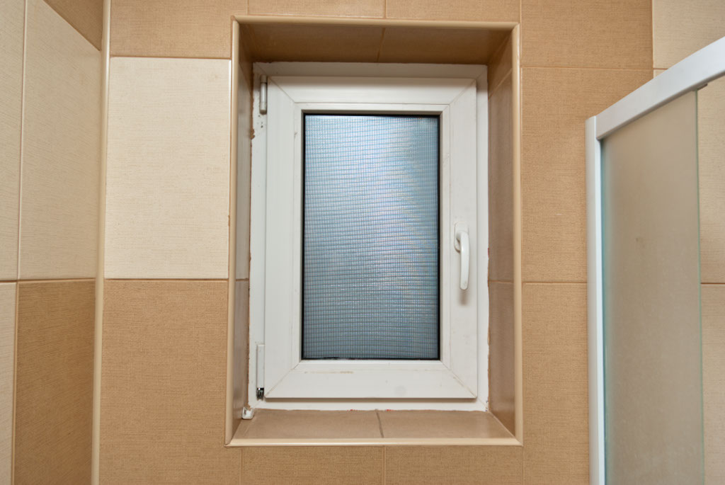How to tile around window