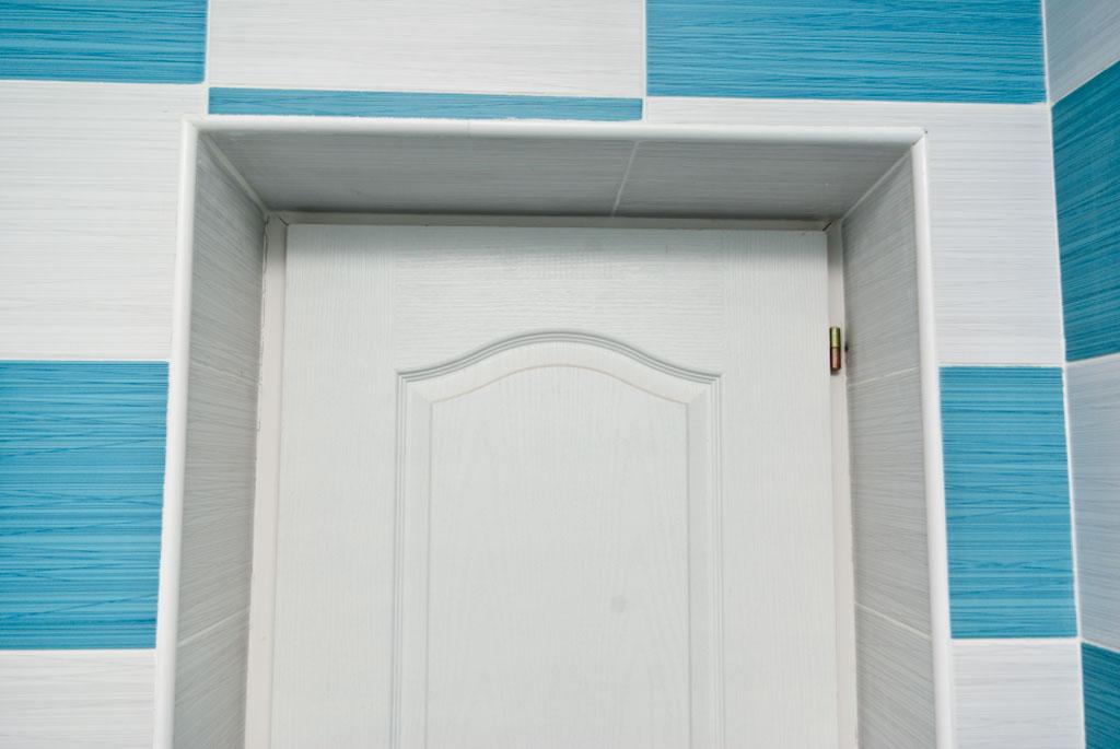 Tile outside corners