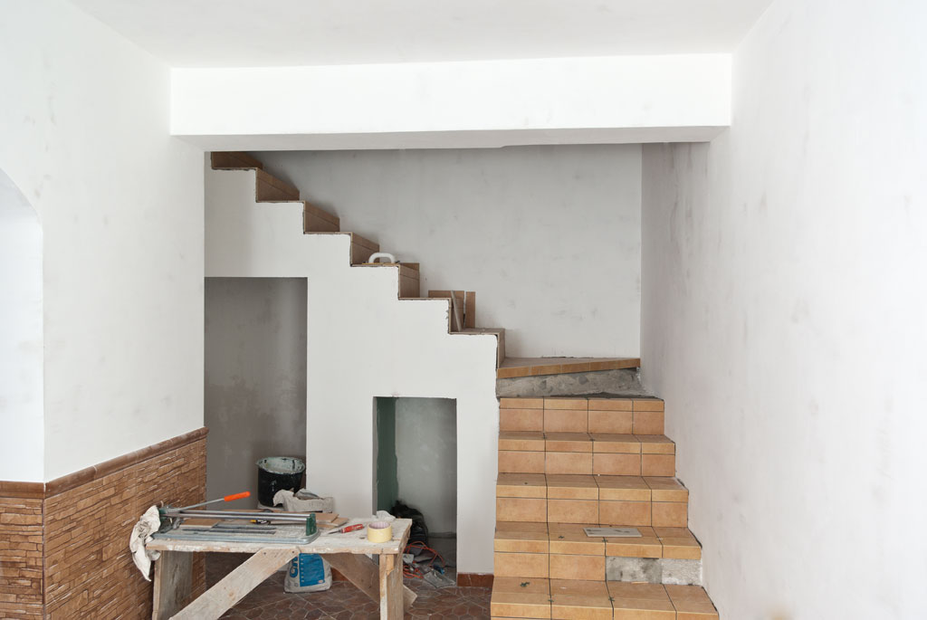 Tiling stairs