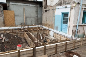 Building foundation formwork