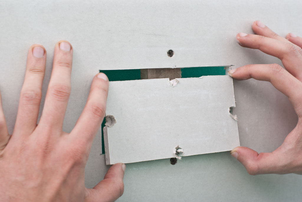 How to fix hole in drywall