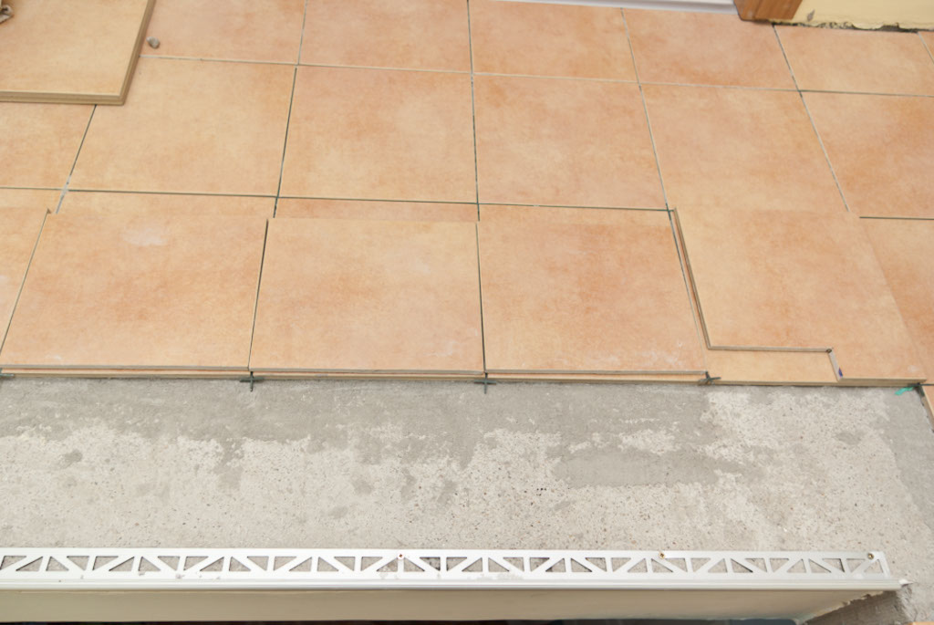 Floor tile step edging