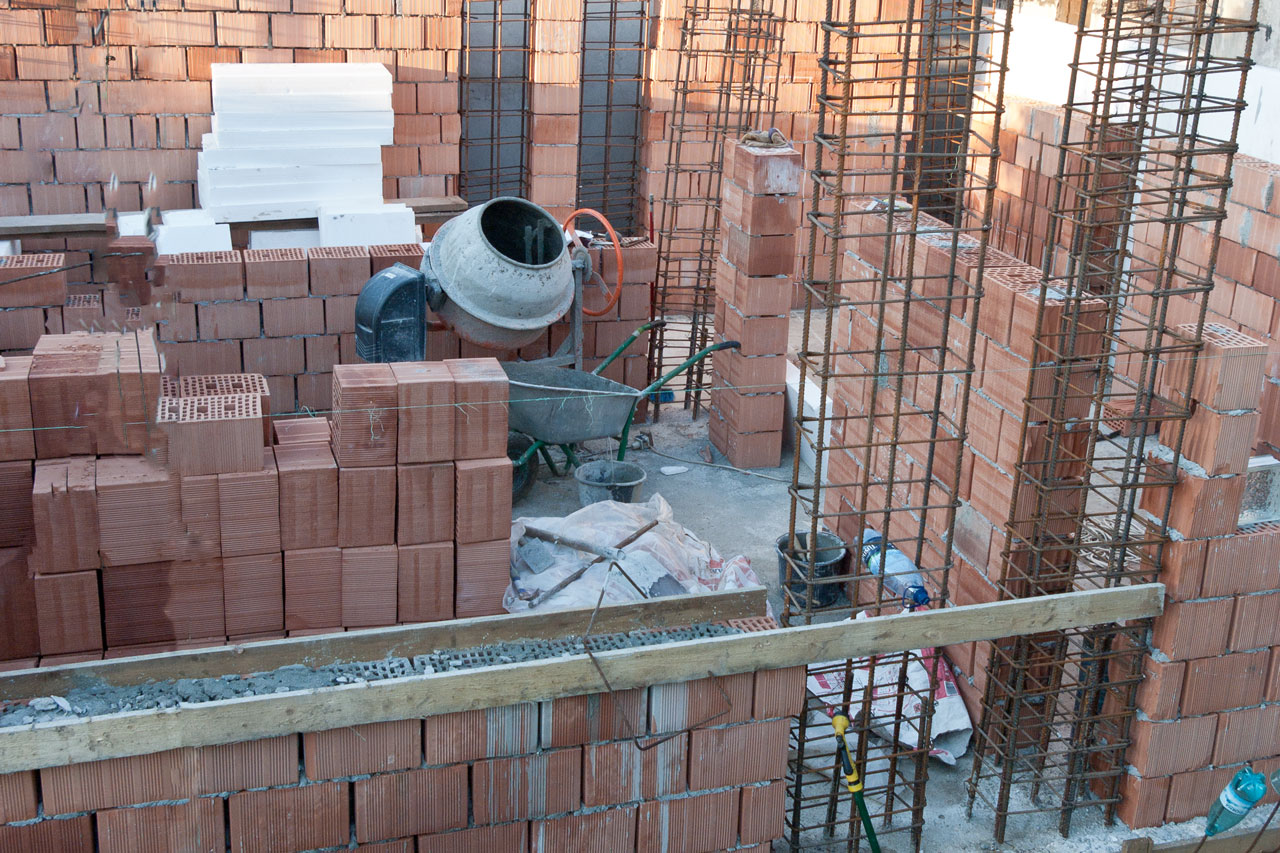 How to build a brick house | HowToSpecialist - How to ...