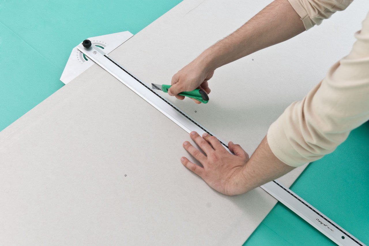 How to cut drywall