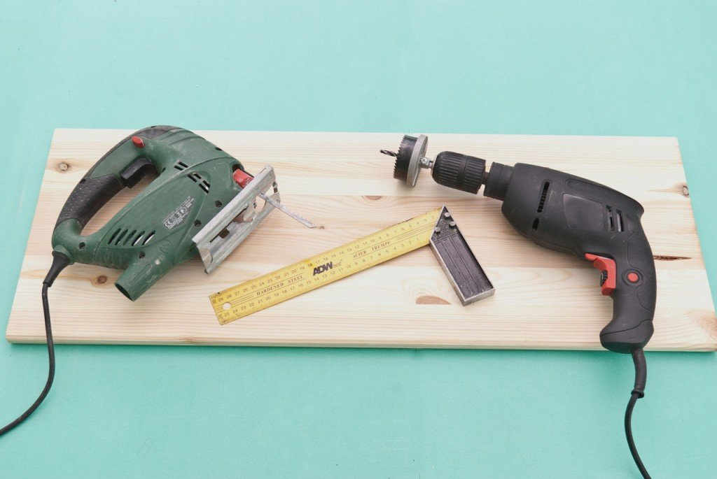 Tools to build a simple birdhouse