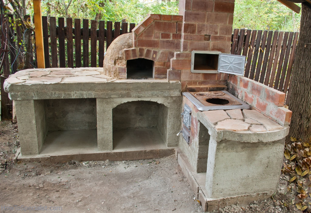 How to finish the base of a pizza oven howtospecialist for How to build a small outdoor fireplace