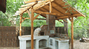 How to build a shelter for the pizza oven