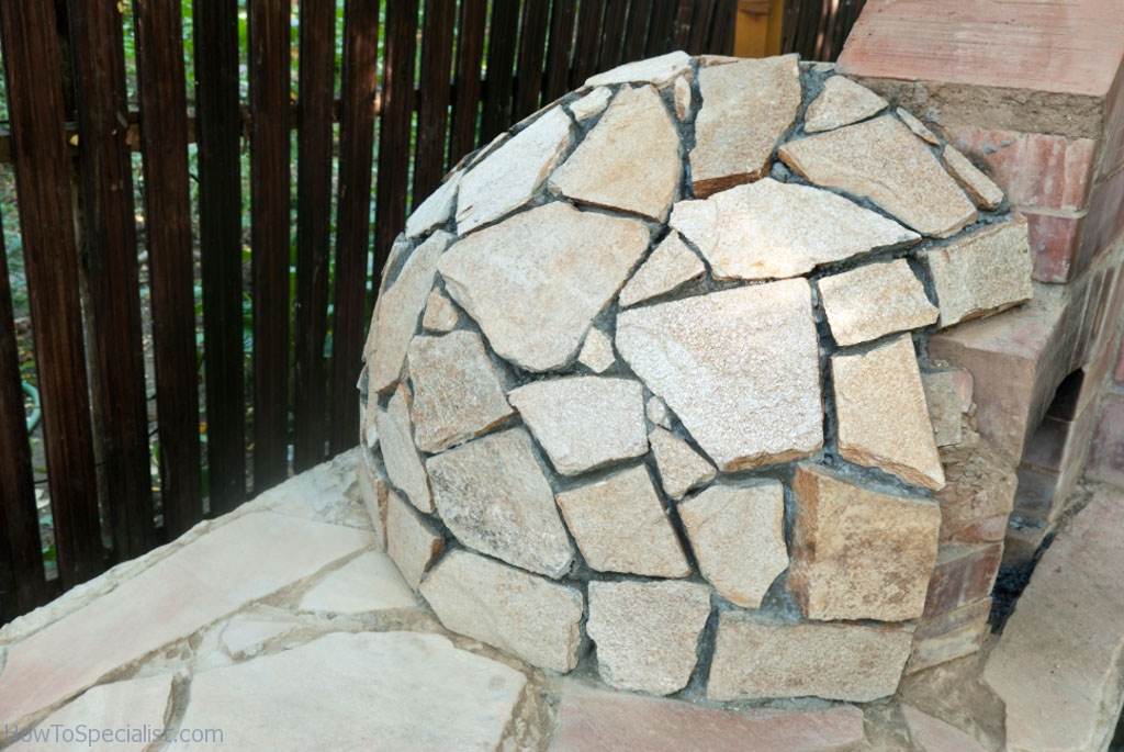How to insulate a pizza oven