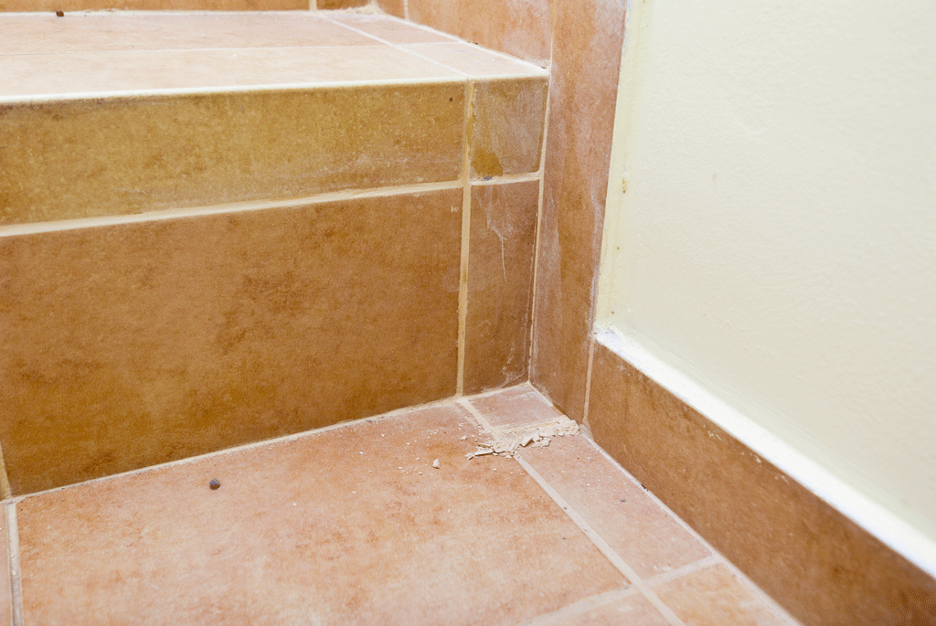 Cleaning grout residues