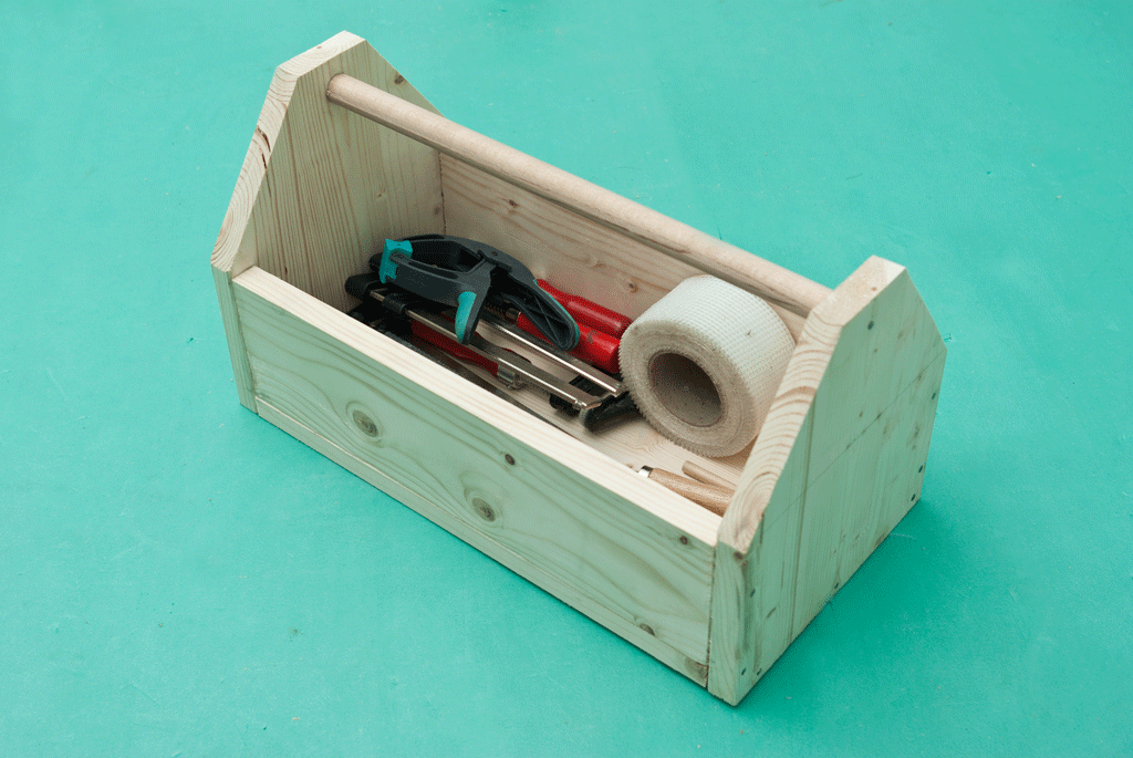 How to make a wooden tools box