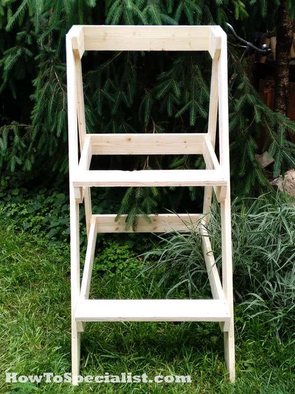 DIY-Outdoor-Plant-Stand