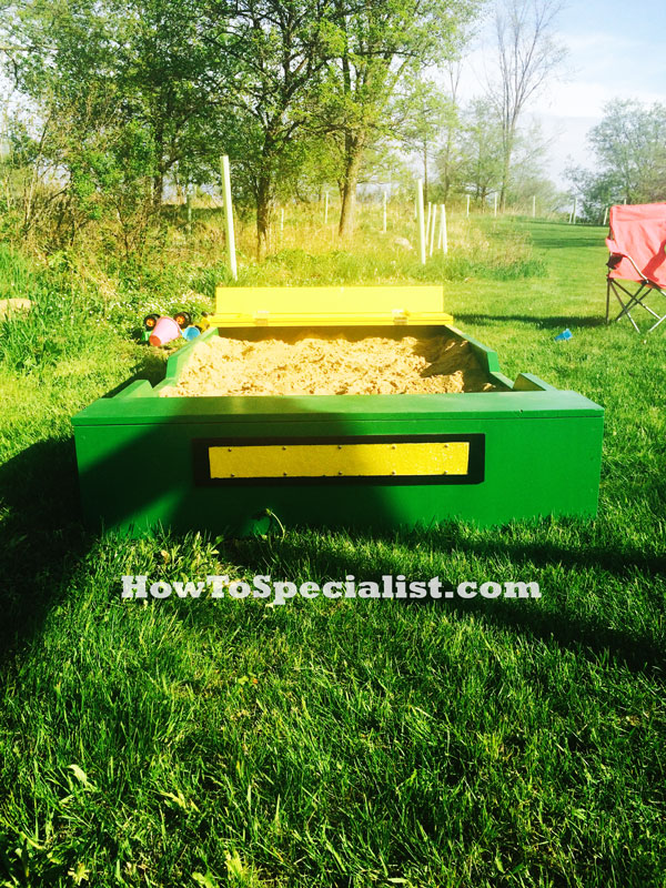 DIY-John-Deere-Sandbox