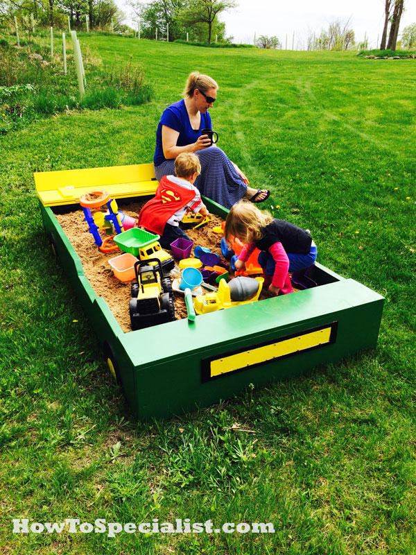 DIY-Sandbox-with-Bench