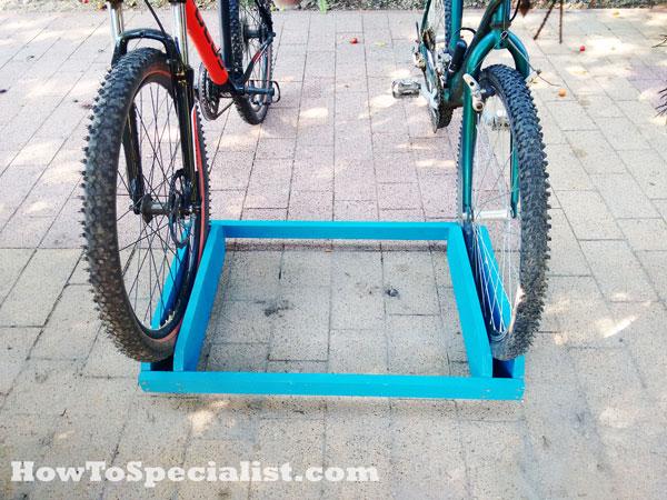 How-to-build-a-wood-bike-rack