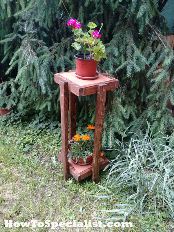 Wooden-Plant-Stand-Plans