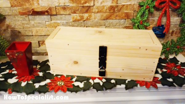 Building-a-wooden-wine-box