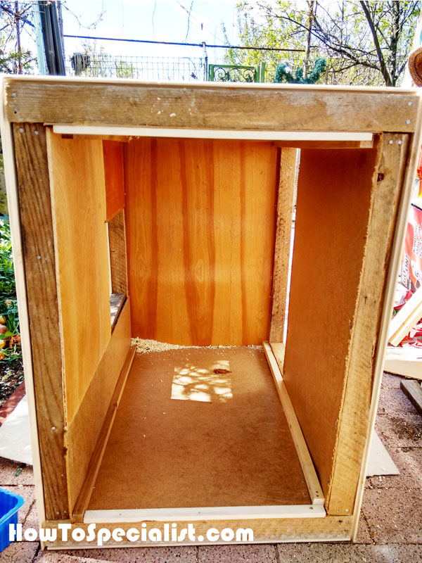 Interior-of-the-chicken-coop