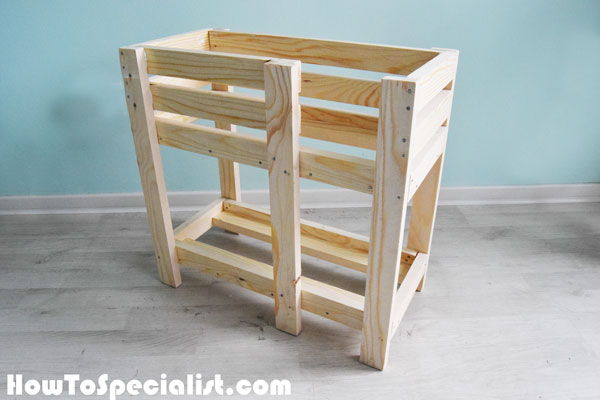 How-to-build-a-doll-bed