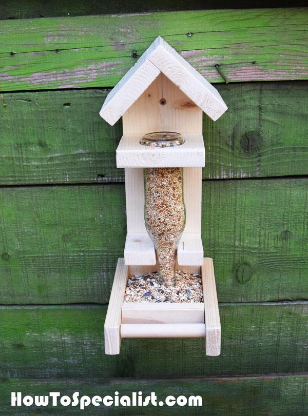 How to build a bottle bird feeder howtospecialist how for How to make a bottle bird feeder